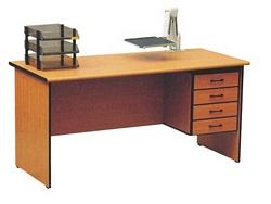 שולחן נעמי + ארגז 140X70
